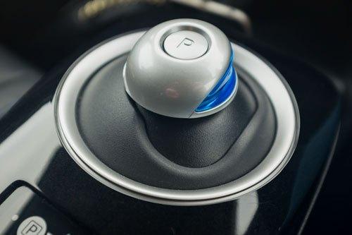 Nissan Leaf Drive / Gear Level